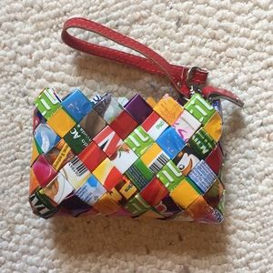 Woven wrapper pouch